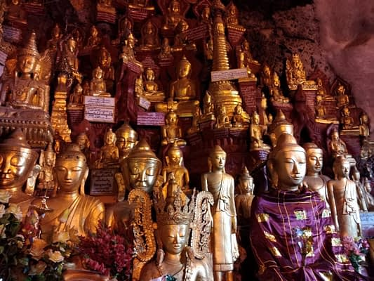 Pindaya Caves 9000 Buddhas