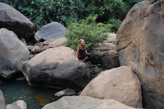 Hiking to Tad Suong