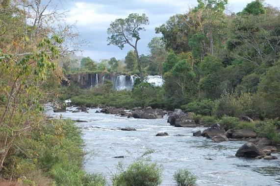 waterfalls bolaven plateau