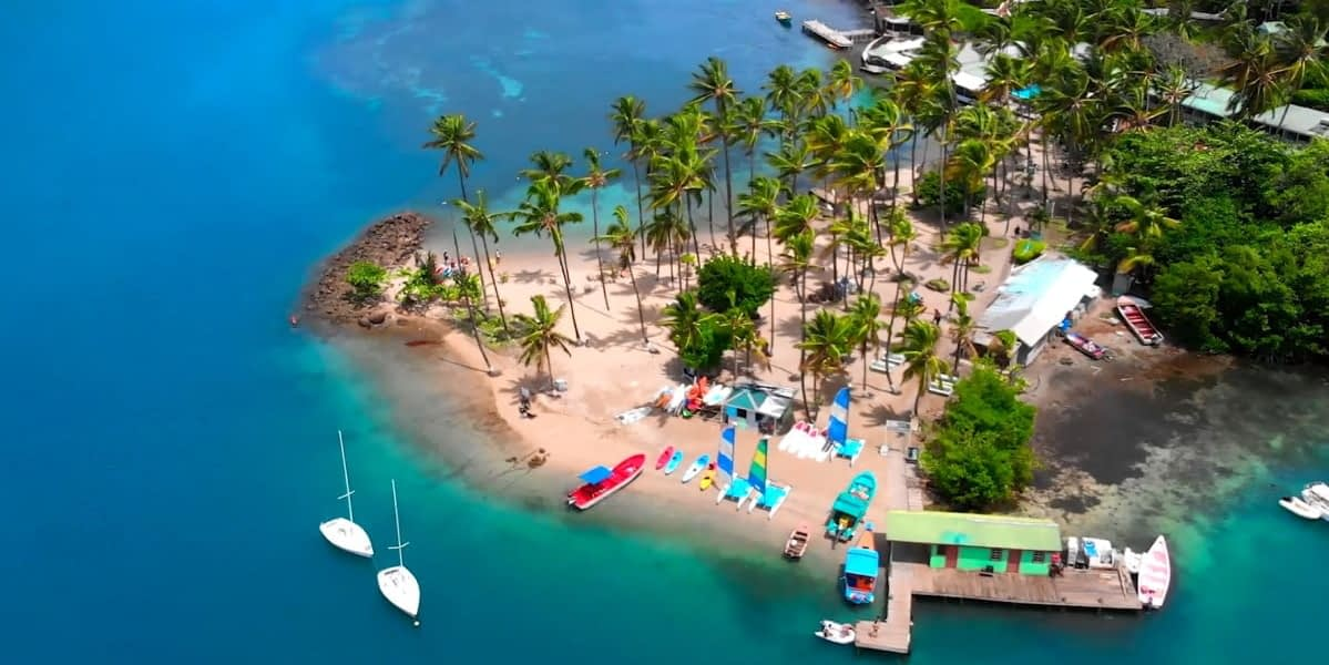 St Lucia citizenship cost - idyllic beach