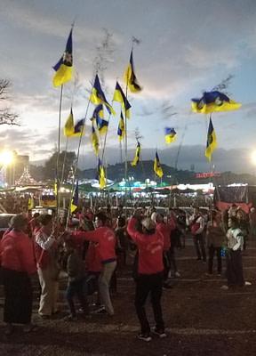 Taunggyi Fire Balloon teams