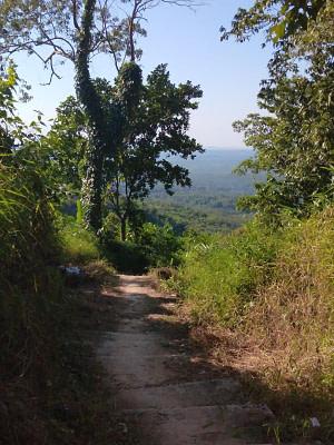 Kyaiktiyo Hiking Trail