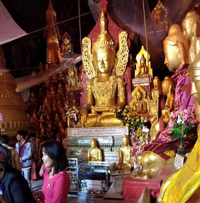 Burmese Buddha Pindaya Cave