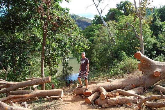 Tad Suong Hiking Trail