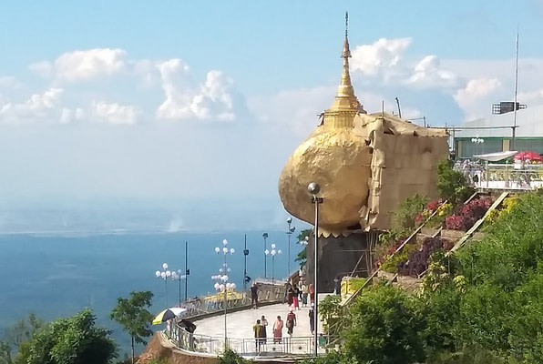 Kyaiktiyo Golden Rock Adventure